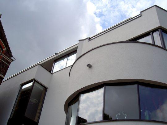 Erker voorzijde - Woongebouw aan de Emmasingel, Weert - BEELEN CS architecten Eindhoven / Thalliagroep Weert