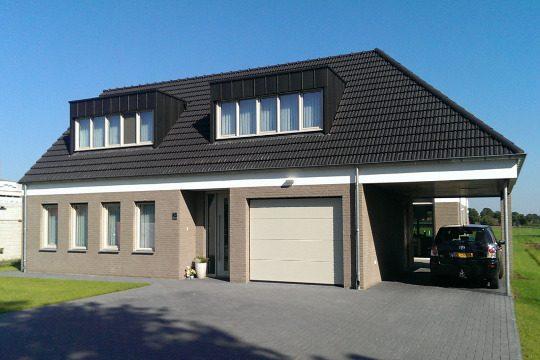 Gezinswoning met ongebruikelijke indeling, Nederweert - voorbeeld project - BEELEN CS architecten Eindhoven