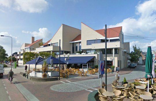 Terras horeca Guulke - Appartementengebouwen De Poell en La Poste, Nederweert - BEELEN CS architecten Eindhoven / Thalliagroep Weert