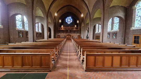 Herbestemming Sint-Andreaskerk Melick, interieur 01 I Thallia groep Weert - Eindhoven