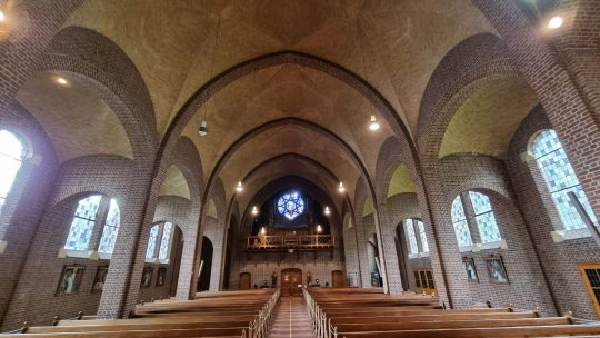 Herbestemming Sint-Andreaskerk Melick, interieur 02 I Thallia groep Weert - Eindhoven